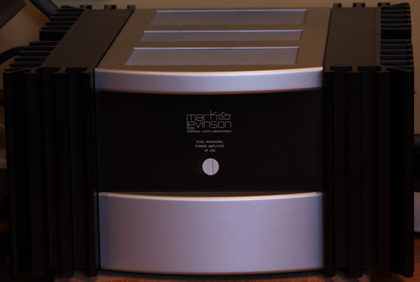 Mark Levinson 334 Great Amp - perfect ops