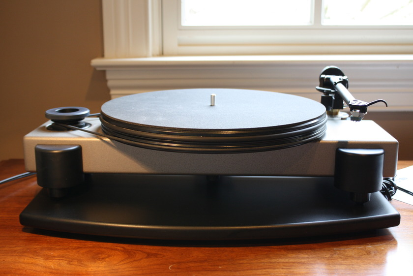 Nottingham Horizon SE w/ Rega RB250 and  Rotel Phono Stage