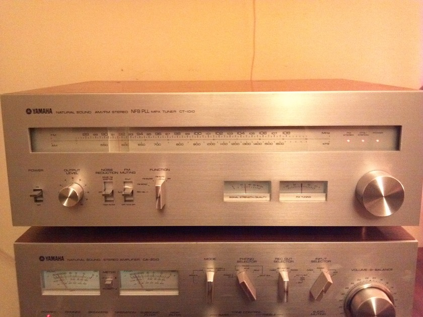 Yamaha CT-1010 Natural Sound AM/FM Stereo MPX Tuner