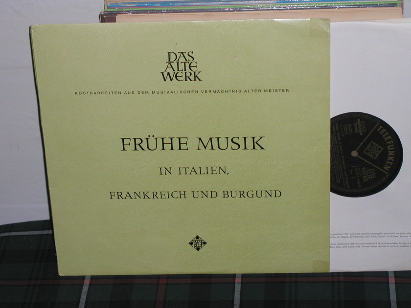 Studio Of French Music - French Music in Italian Telefunken royal sound black/g