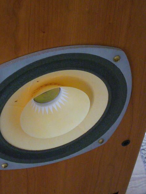1.8 RL Acoustique Lamhorn 1.8 Backloaded Horn