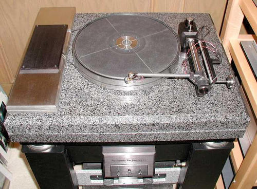 Rockport  Technologies  Sirius System II LE Turntable system