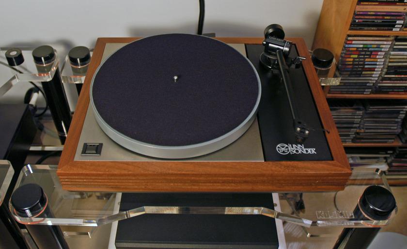 Linn LP12 w/Ekos & Lingo great sounding table