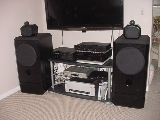 B&W  Matrix 801 s 2  with Stands in  Black
