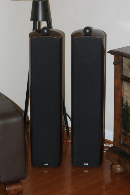 B&W Nautilus 804 Great sounding speakers for local pickup