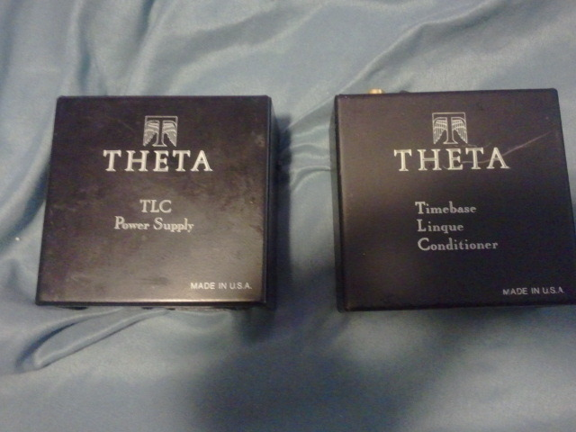 Theta TLC linque conditioner w/TLC power supply rare version with at&t glass