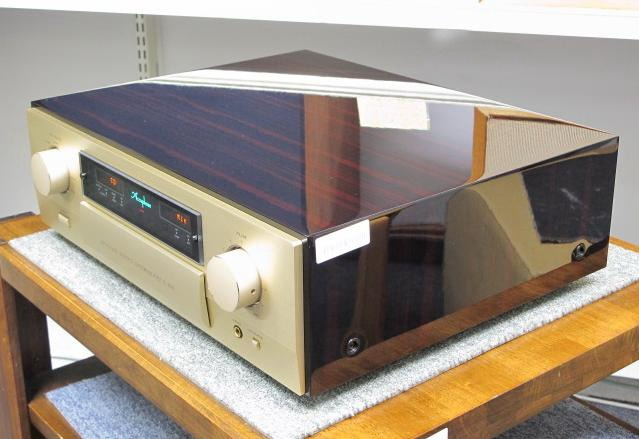 Accuphase C-2810 C2810 C 2810 Control Amplifier