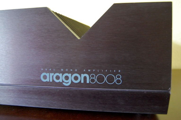 Aragon 8008 200 wpc power amp
