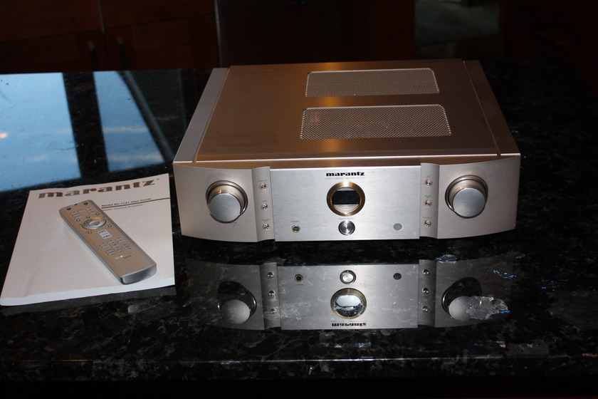 Marantz  SC11S1 with phono!