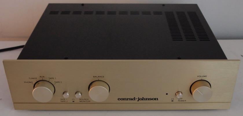 CONRAD JOHNSON PV7 PV 7 W/ PHONO SECTION TUBE PREAMPLIFIER