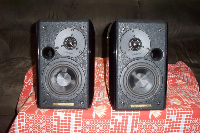 Sonus Faber Concertino Home - Pair Concertino Home Book shelf speakers