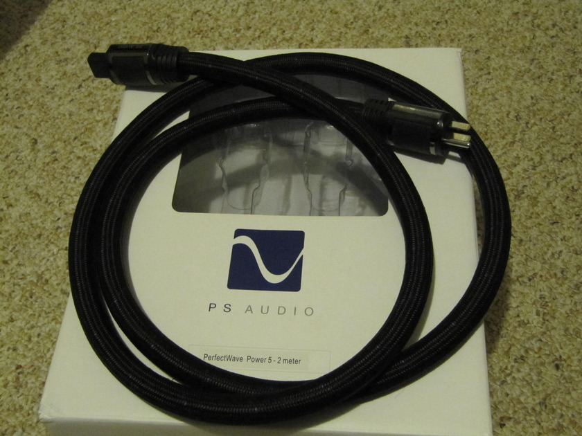PS AUDIO  Perfect Wave AC-5  2m AC Power Cord!!!