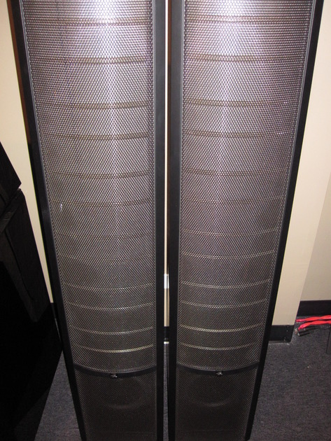 Martin logan Vantage natural cherry