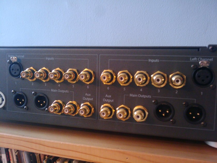 PS AUDIO GCP-200 US GAIN CELL PREAMP SMOOTH AS SILK!