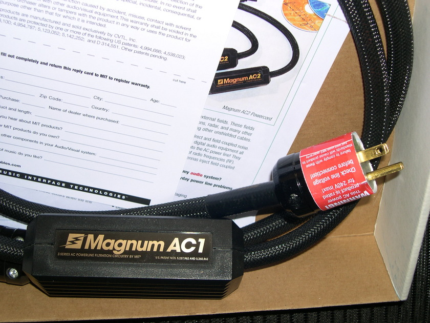 MIT Magnum AC1 power cable, rarely available used. 9/10 condition .  Warranty
