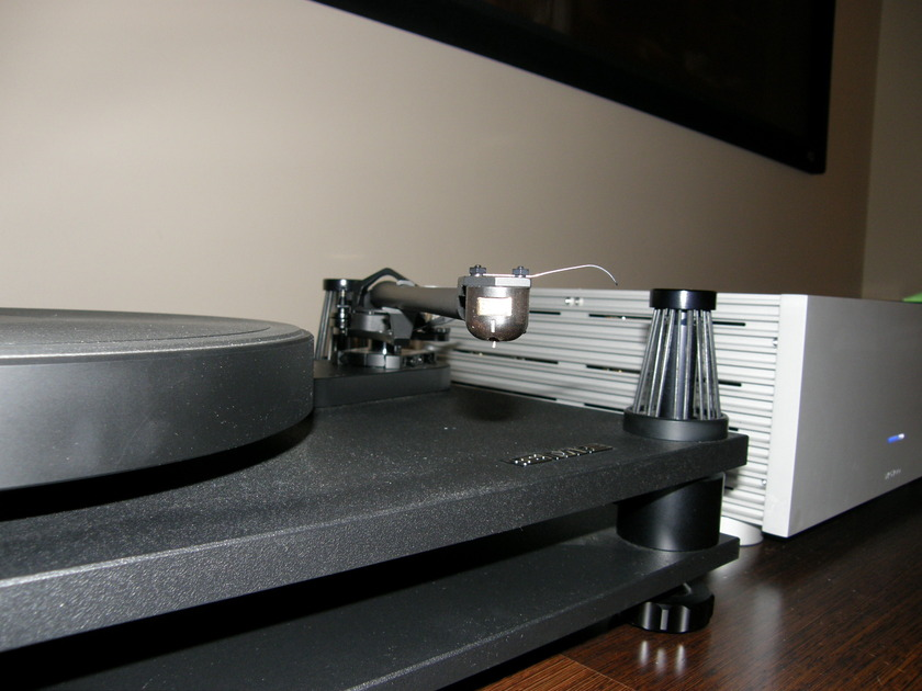 """SME V-12 12"""" tonearm, as new,  6 months old, hardly used, save $3K! from dealer, 1 year warranty, mint OBM"""