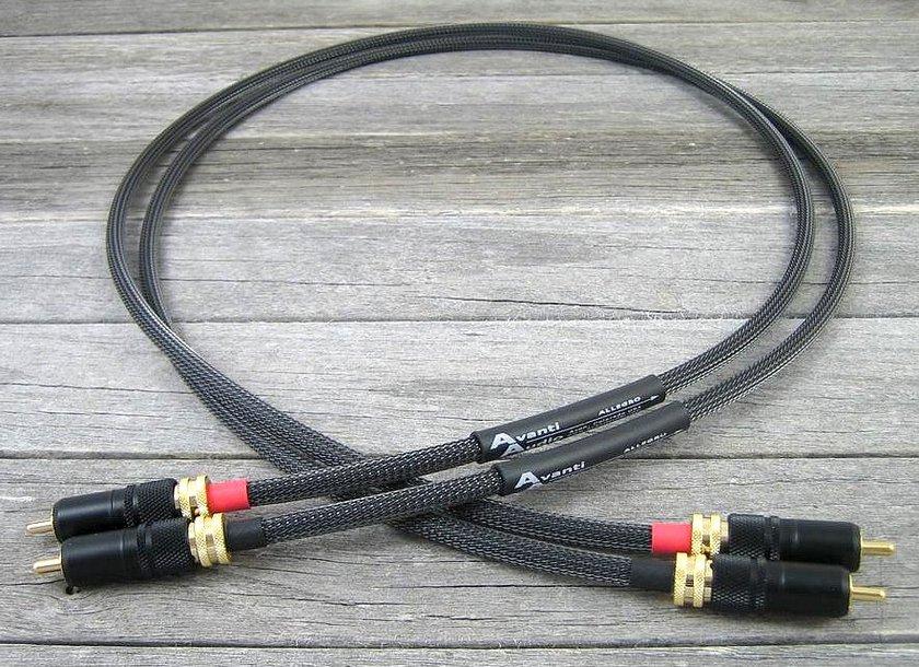 Avanti Audio  Allegro 1.0M Locking  RCA Interconnects