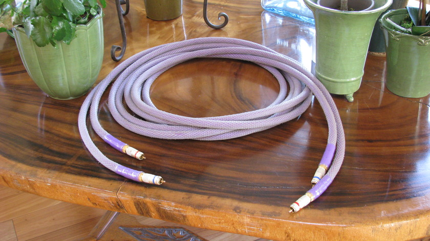 Acoustic Zen Matrix Reference 4.5 meter pair locking RCAs