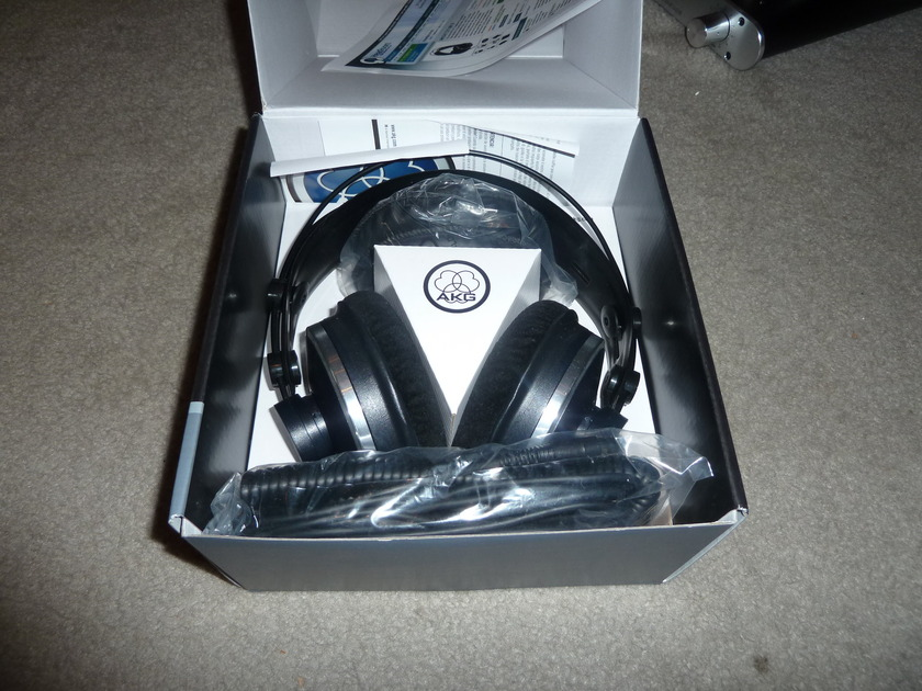 AKG K271 mk II free ship US 48 save $$$$