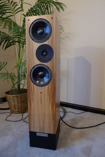 Living Voice IBX-R2 Figured Maple - Gorgeous