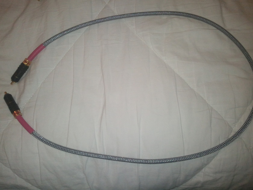 """Totem  Sinew Digital Coaxial Cable """"Like New"""" Condition!"""