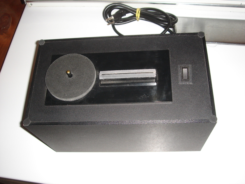 Nitty Gritty Record Doctor record cleaning machine