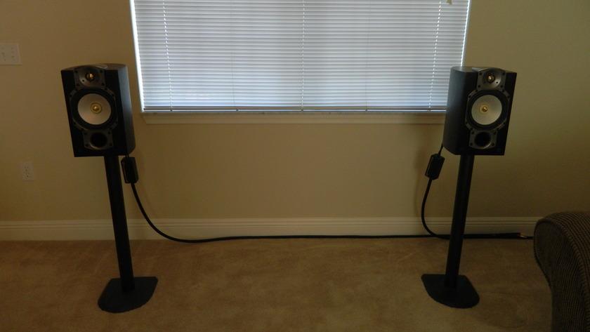 Paradigm Studio 20's Monitor Speakers