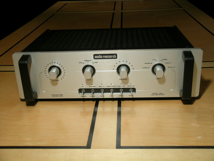 Audio Research LS-25 MK2  Preamp--Silver finish