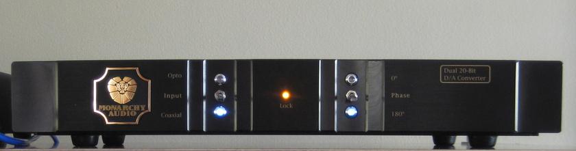 Monarchy Audio 22A DAC 20Bit Toslink, AES/EBU and Coax