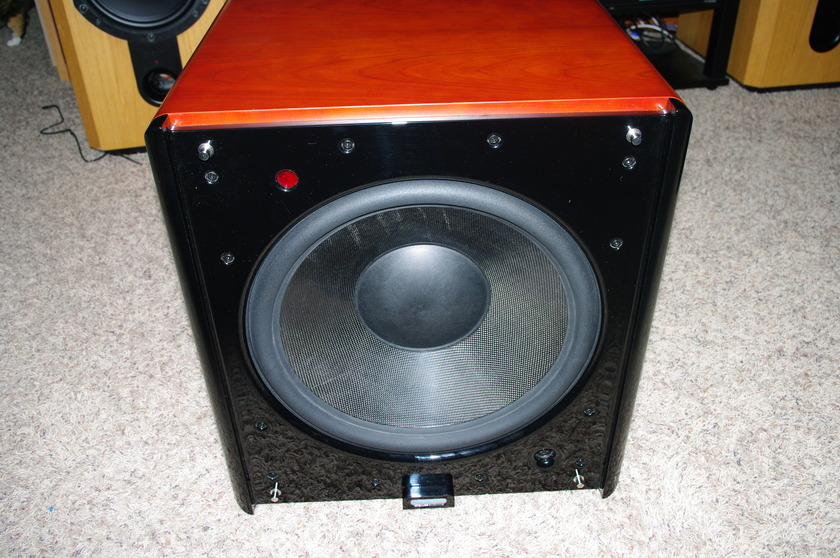 Velodyne DD18 Cherry Reference Grade Subwoofer excellent condition price well below book shipping included in the USA
