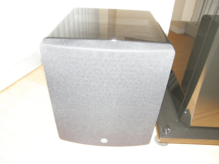 JL Audio F-113 Subwoofer, High Gloss Black, Mint Cond, One Owner, 1 year old, from dealer, OBM, HUGE discount!