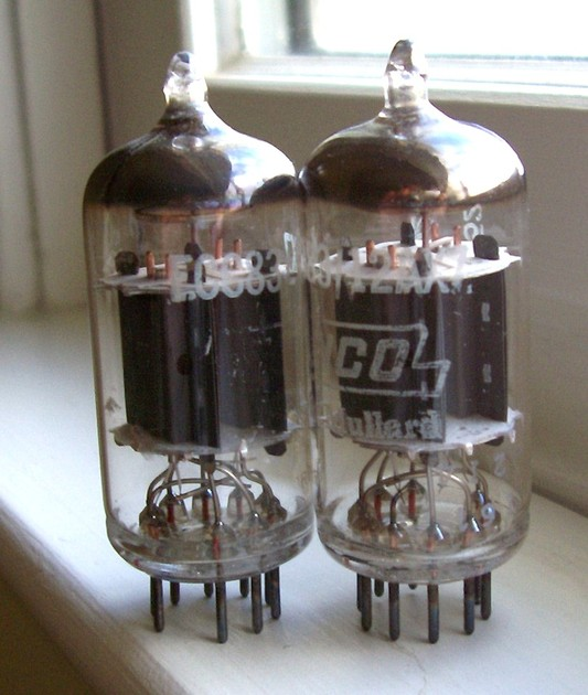 Mullard Blackburn 12AX7/ECC83 Matched Pair, Matching Date Codes Very Desired I61 short plate like new