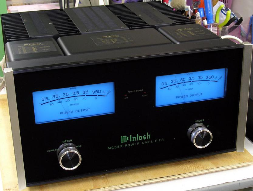 McIntosh MC352 Amplifier