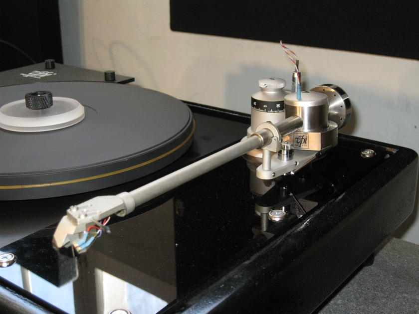 VPI JMW 10 tonearm  w/ setup manual (no cartridge)