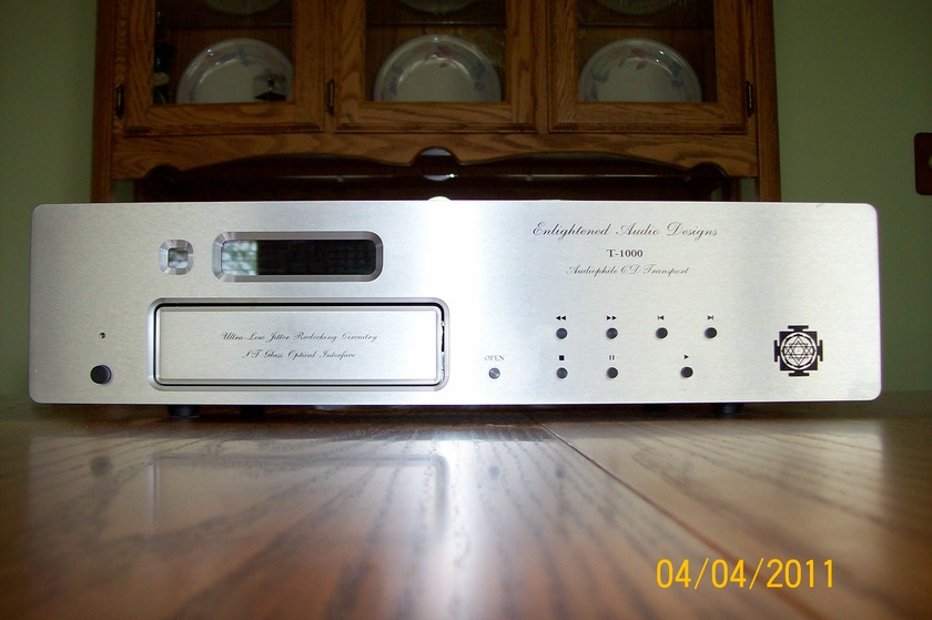 ENLIGHTENED AUDIO DESIGNS (EAD) T-1000 CD TRANSPORT