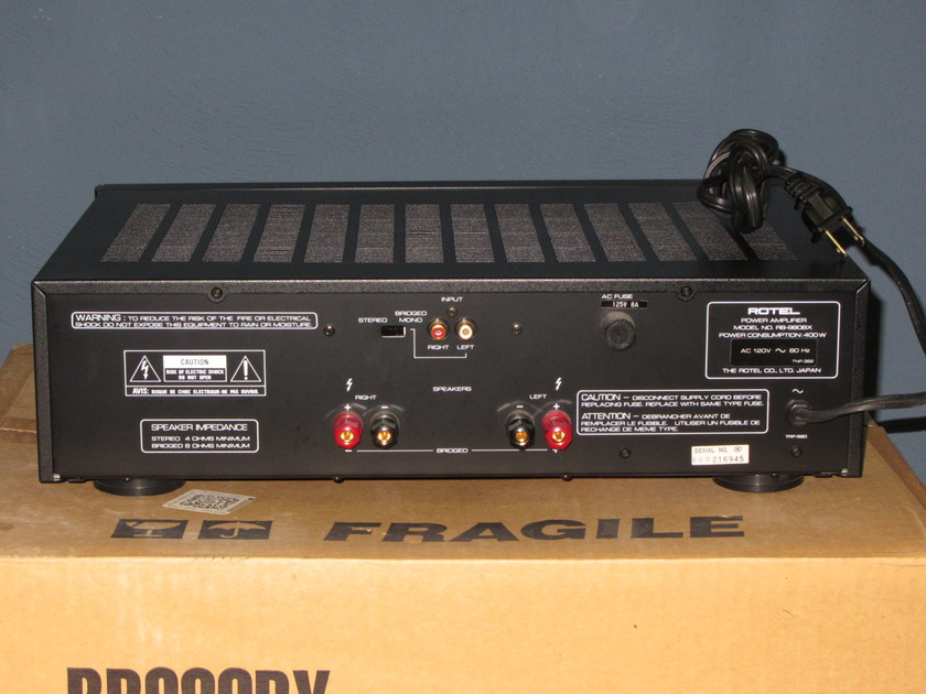 ROTEL RB980BX AMPLIFIER