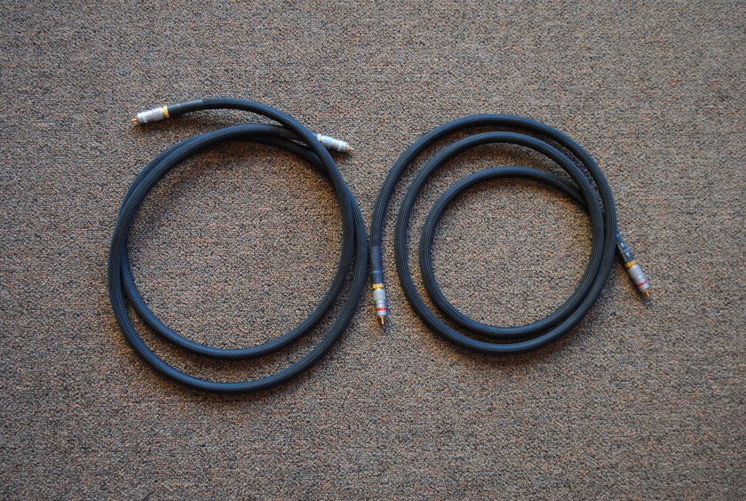 Harmonic Technology Truth-Link 2M RCA Interconnects