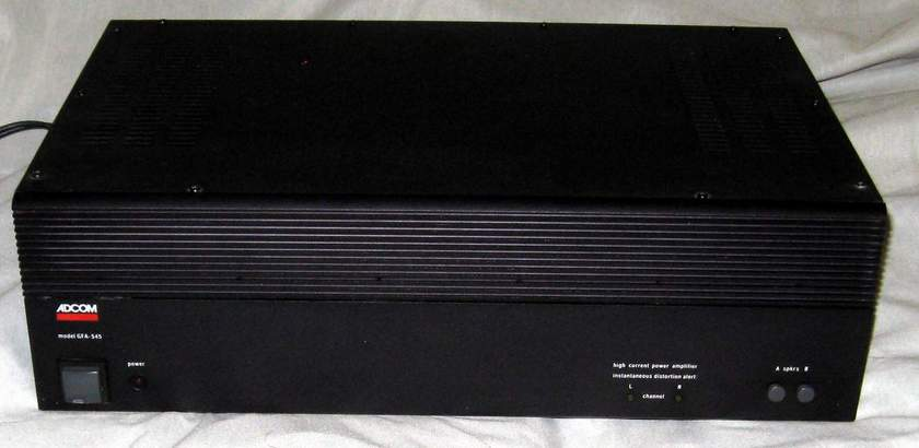 Adcom GFA-545 power amplifier
