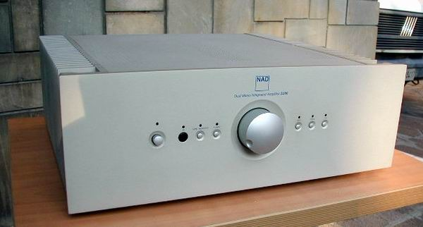 NAD Silverline S300 High end NAD? Gryphon in disguise!