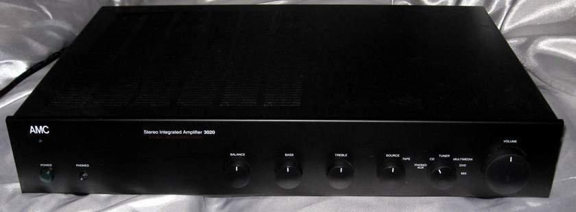 AMC 3020 integrated amplifier
