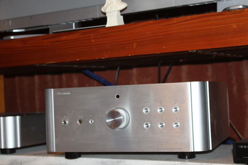 Shanling A3000 200wpc hybrid amplifier
