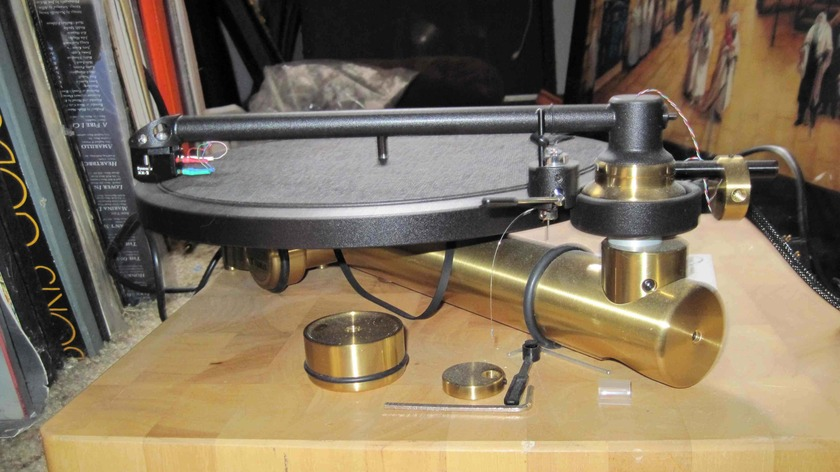 New Kuzma  Stabi/Stogi Turntable and arm