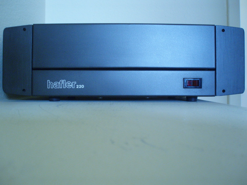 HAFLER DH-220 SOLID STATE POWER AMPLIFIER