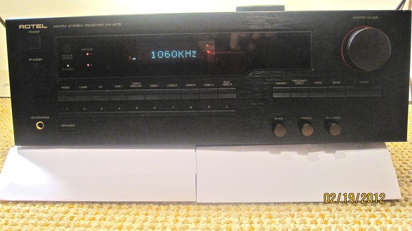Rotel RX-975 Am/Fm Stereo Receiver/Remote Control
