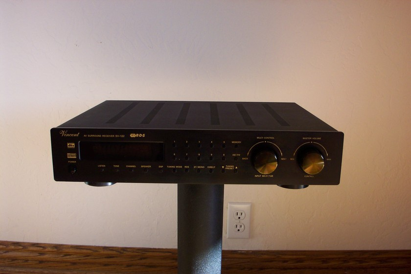 Vincent SV-122 AV Surround 6.1 Receiver Mint, Never Used, List $1325, Sell $350