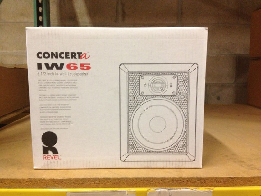 Revel ConcertA  IW65 In-Wall Speaker