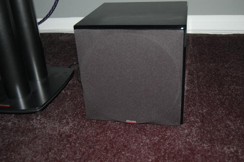 Dynaudio Sub 250 Compact Piano Black