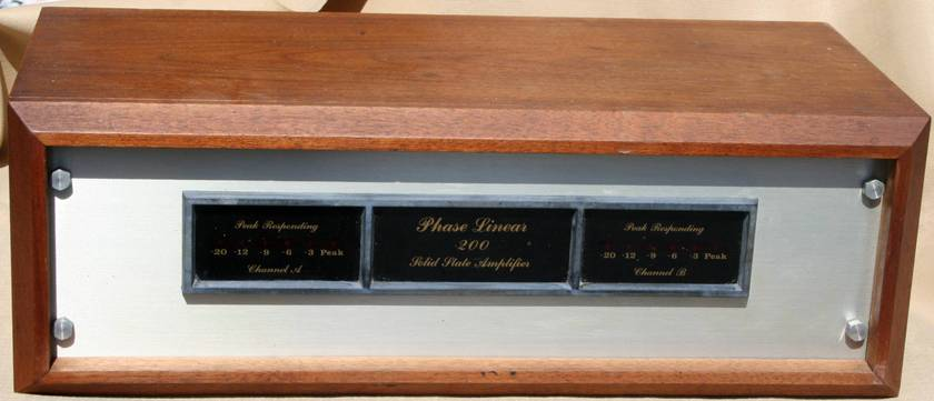Phase Linear  200 Power Amp Classic