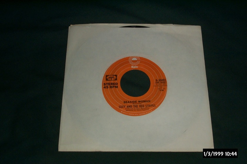 Suzy And The Red Stripes - Seaside Woman Rare Paul McCartney/Wings 45 NM