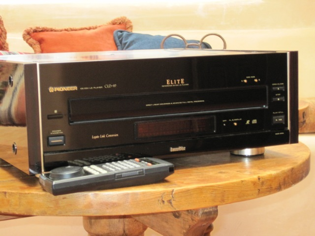 Pioneer CLD-97- AC-3 Laser disk player